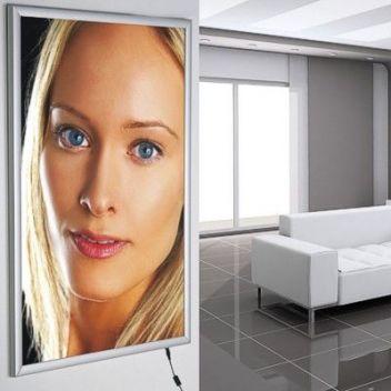 LED poster light box - Slim aluminium backlit wall mount