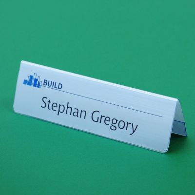 Rigid table place name holder with card insert