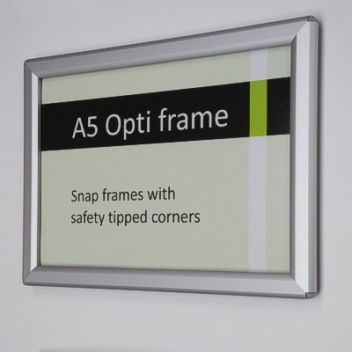 A6 and A5 Snap frame in Silver or Black