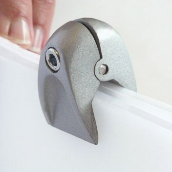 Pinch clamp top closure